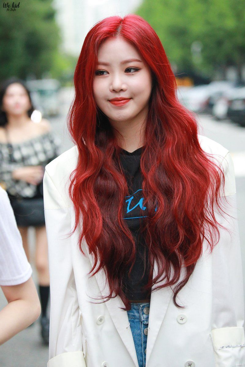 red soojin gidle