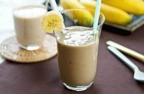 Banana Peanut Butter Breakfast Smoothie Recipe