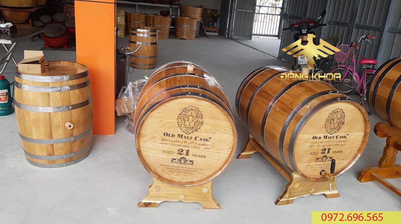 Chất liệu gỗ sồi sử dụng đạt tiêu chuẩn