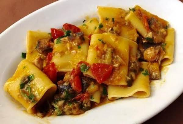 Paccheri With Cherry Tomatoes And Anchovies