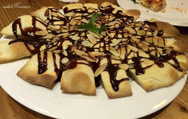 Wild Boar野豬石窯PIZZA 起司牽絲到心坎一口接一口 榛果巧克力脆餅真♥推薦