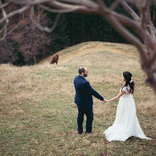 Wedding photographer Marius Baciu (lauraandmarius). Photo of 25.02.2016