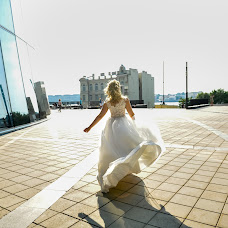Wedding photographer Denis Gusev (denche). Photo of 06.08.2018