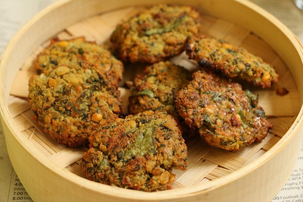 indian-street-food-_Dal_Vada