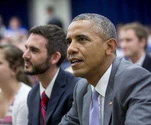 Unieke beelden: Obama belt met Amerikaanse helden