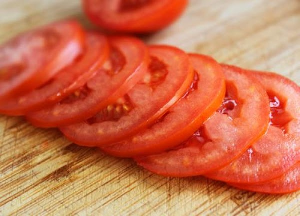 To prepare salad, alternate tomato and onion slices on a platter. Sprinkle with salt....