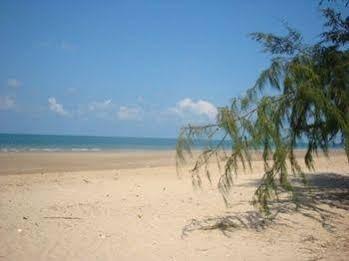 B and B Hut Chaolao Beach