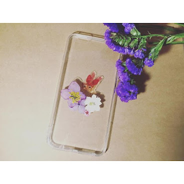 iPhone 6/6S/6+/6s+ 其他型號手機殻,歡迎查詢  Flower fashion.6 可愛小貓加上押花 帶出清新獨特的味道 絕對是獨一無二 $120  詳情歡迎查詢whatsapp:65421768  #hongkong #jewlery #AB膠 #滴膠 #iphone6cases #iphonecase #phonecase #phonecases #手機配件 #cat #cats #hk #hkig #hkshop #hkigshop #hkgirlshop #hkonlineshop #hkonlinestore #flower #flowers
