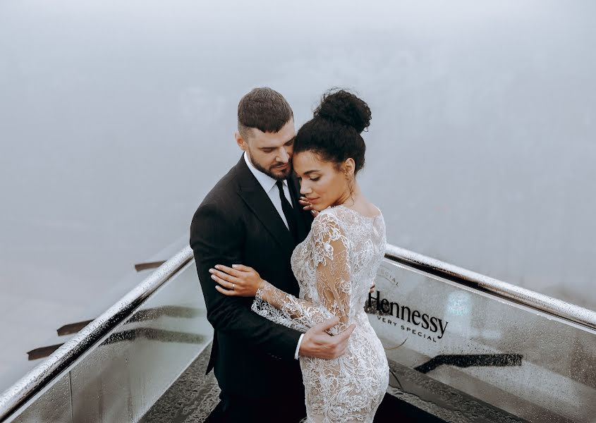 Wedding photographer Vladimir Esipov (esipov). Photo of 13.02.2020