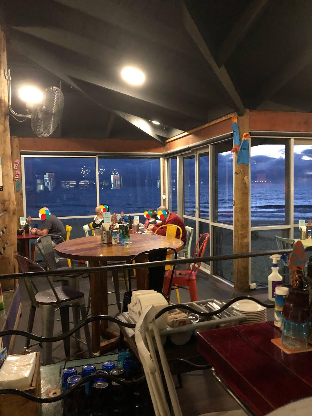 パース海辺のレストラン窓