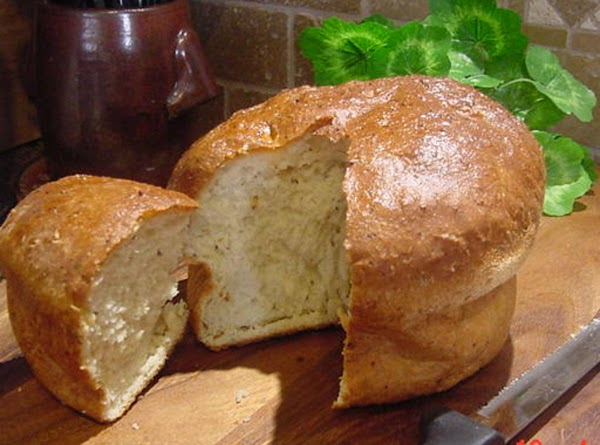 Dill And Onion Casserole Bread -- Bonnie's Recipe