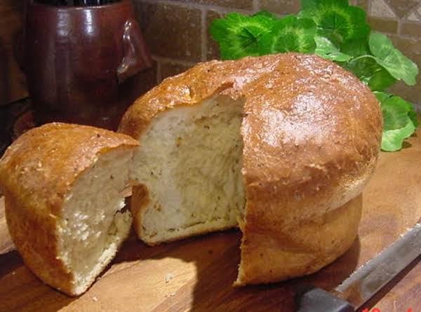 Dill And Onion Casserole Bread -- Bonnie's Recipe