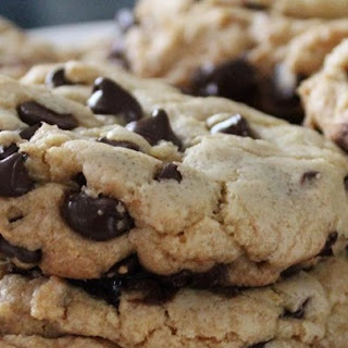 Best Big, Fat, Chewy Chocolate Chip Cookie