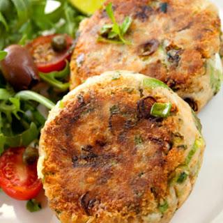 Savory Salmon-Crab Cakes Recipe