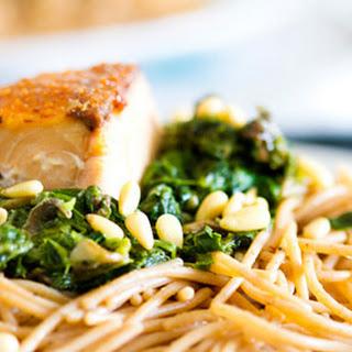 Creamy Spinach & Crusty Salmon Spaghetti.