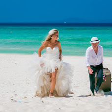 Wedding photographer Natalya Vyalkova (vostokdance). Photo of 16.03.2014