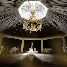 Wedding photographer Eisar Asllanaj (fotoasllanaj). Photo of 12.08.2017