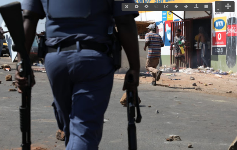 Klein maar vokale deel van SA is xenofobies - TimesLIVE