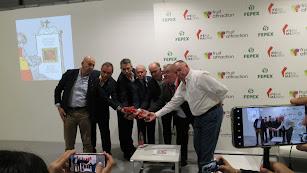Alianza de grandes grupos en defensa del tomate.