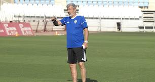 Óscar Fernández en su primera etapa como entrenador del Almería.