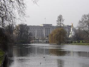 Photo: Buckingham Palace, London
