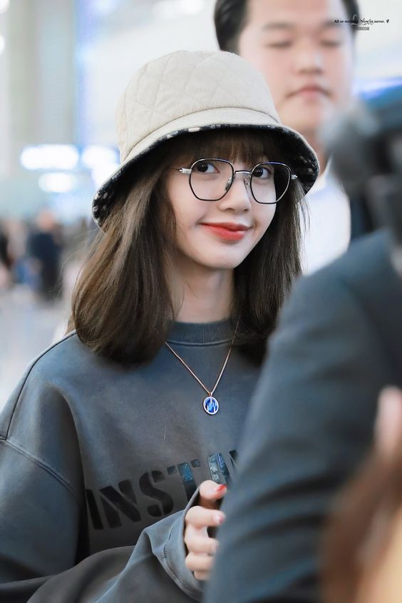 lisa glasses 45