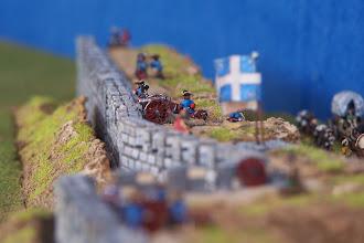 Photo: I bastioni della città.Miniature Baccus, materiale scenico autocostruito.