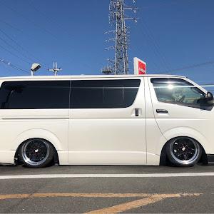 ハイエース TRH200V SUPER GL 2018年式のカスタム事例画像 keiji@黒バンパー愛好会さんの2020年06月06日19:06の投稿