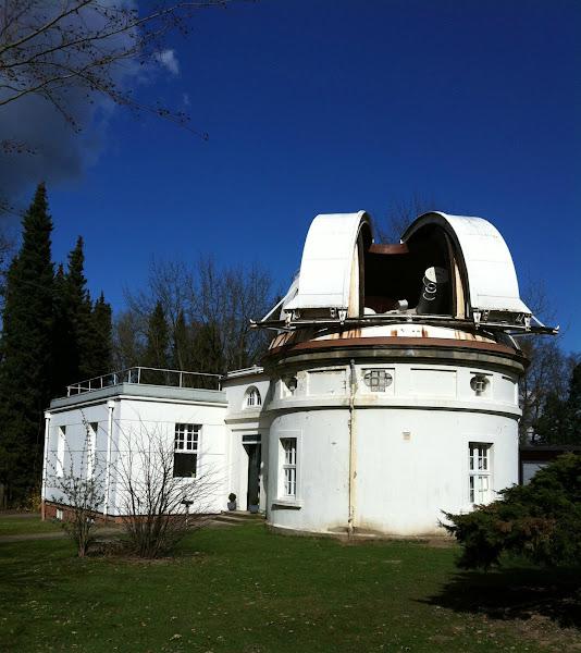 Photo: Sternwarte Hamburg, Lippert-Teleskop.