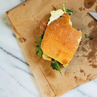Dressed Arugula and Crisped Prosciutto Egg Sandwich Recipe