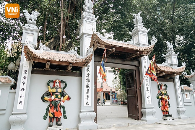 Where is Ha Pagoda?