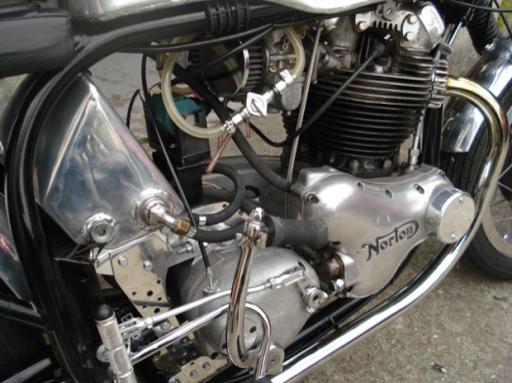 Norton, ex norton 88 de JF Balde restaurée par Machines et moteurs, le spécialiste de la restauration de motos anglaise classiques