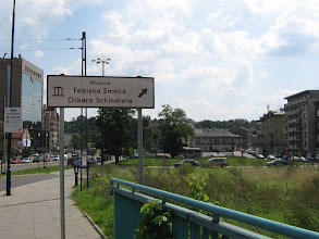 Photo: Oskar Schindlers Fabrik lag aber links von der Strasse