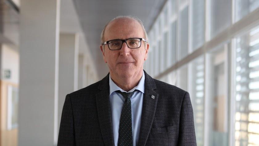 Francisco Javier Lozano, vicerrector de Deportes, Sostenibilidad y Universidad Saludable.ilidad y