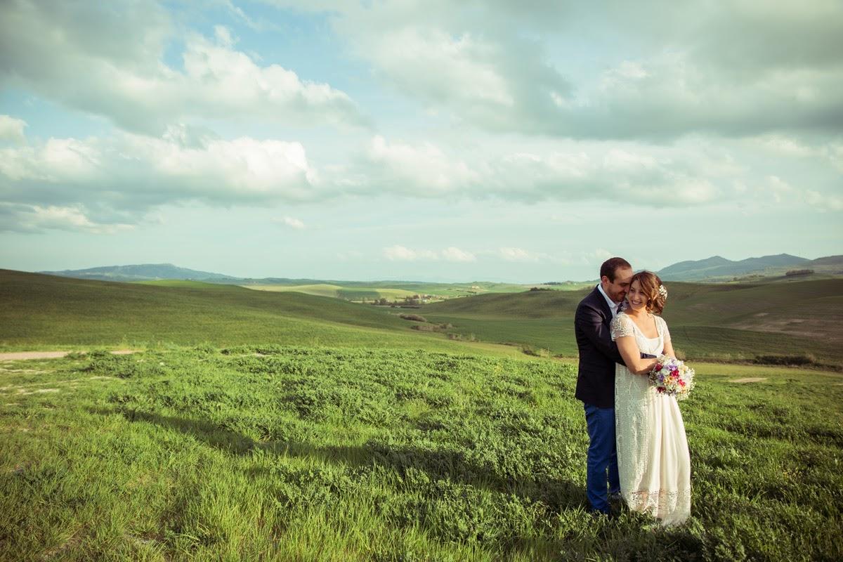 Gli sposi nella valle a Lajatico