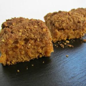 Vegetarian Pumpkin Crumble Cake