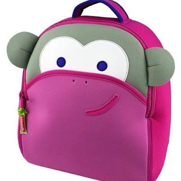 粉紅小𤠣背包