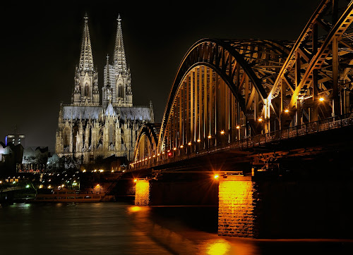 Night crossing by Gabriel Catalin - Buildings & Architecture Bridges & Suspended Structures ( landmark, hohenzollern bridge, cololgne dom, travel )