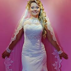 Wedding photographer Dmitriy Kozminykh (Dimastik). Photo of 05.08.2014
