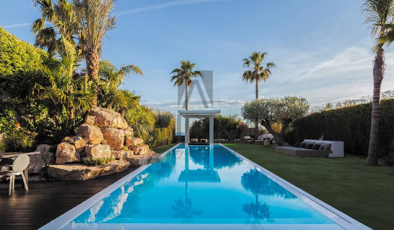 Villa avec piscine Castelldefels