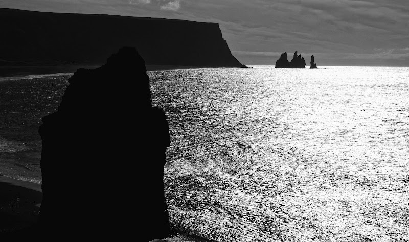 Black Sand Beach - Iceland di marco la torre