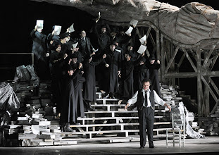 Photo: Theater an der Wien: MATHIS, DER MALER von Paul Hindemith. Premiere 12.12.2012, Inszenierung: Keith Warner. Wolfgang Koch. Foto: Barbara Zeininger.