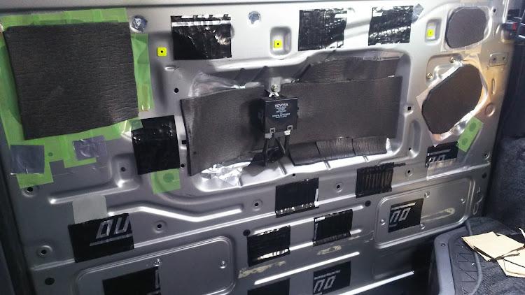 ハイエース TRH112Vのデッドニング,100系ハイエースに関するカスタム&メンテナンスの投稿画像2枚目