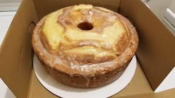 Aunt Faye's Pound Cake