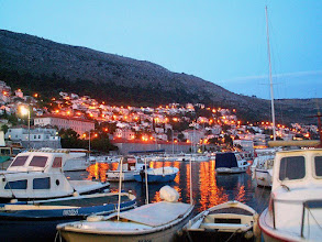 Photo: Dubrovnik - Old harbour by night
