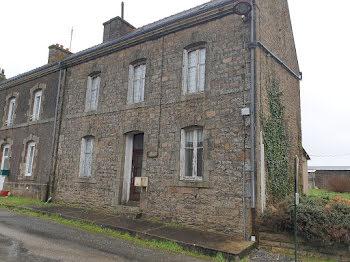 maison à Mellionnec (22)