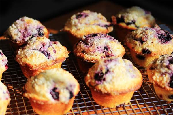 Blueberry Muffins With Lemon Sugar Topping