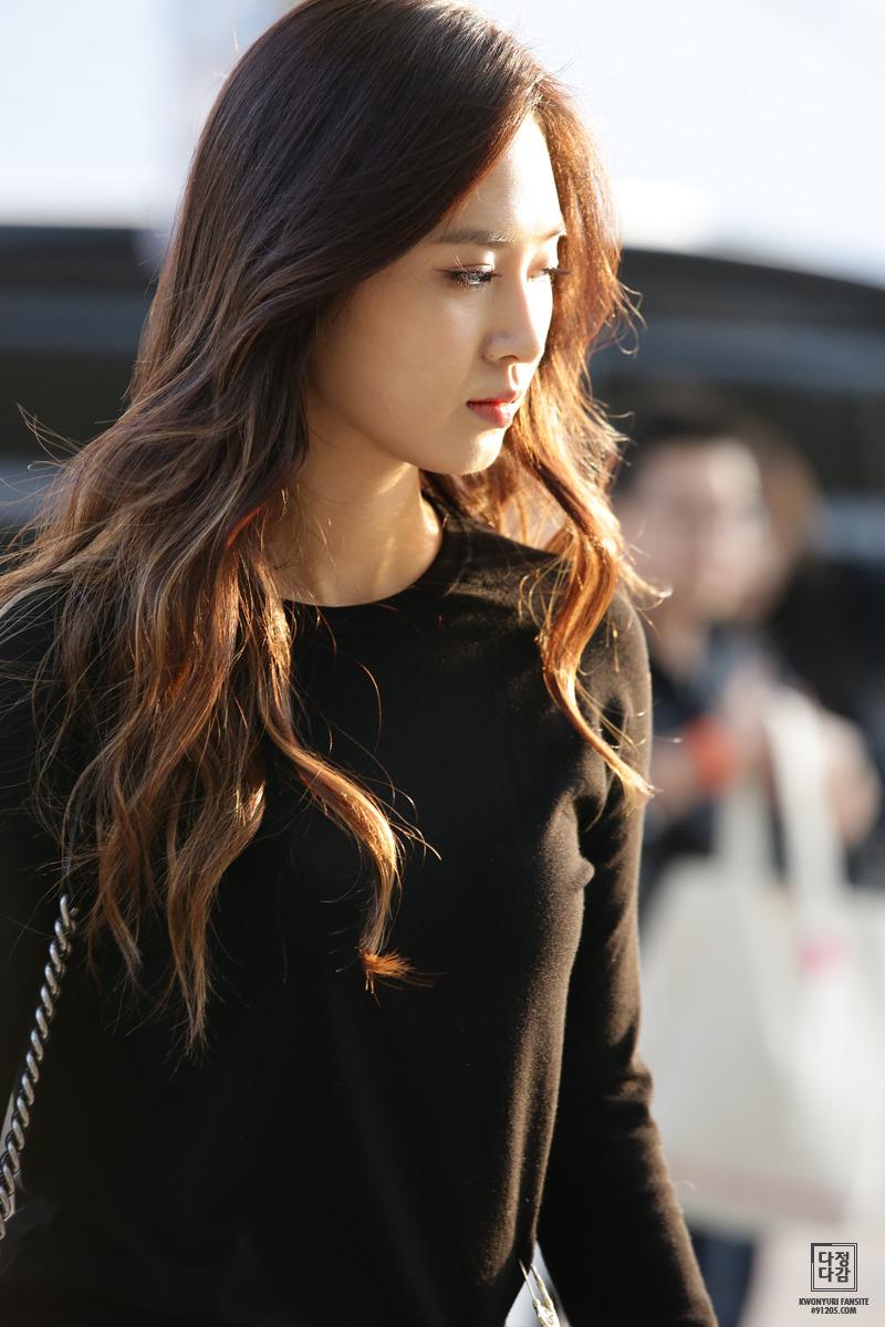 Kwon.Yuri.full.6183