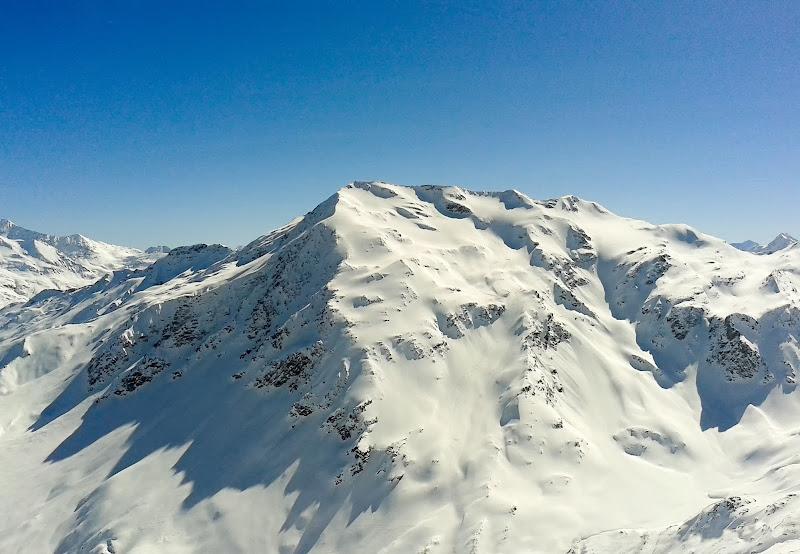 La montagna ha il cielo sempre più ...blu di ocram69