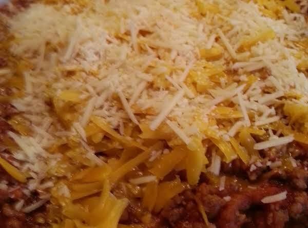 Easy Cheesy Hamburger Casserole Recipe